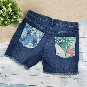 "NWT GAP Hawaiian Floral Pocket 5"" Shorts"